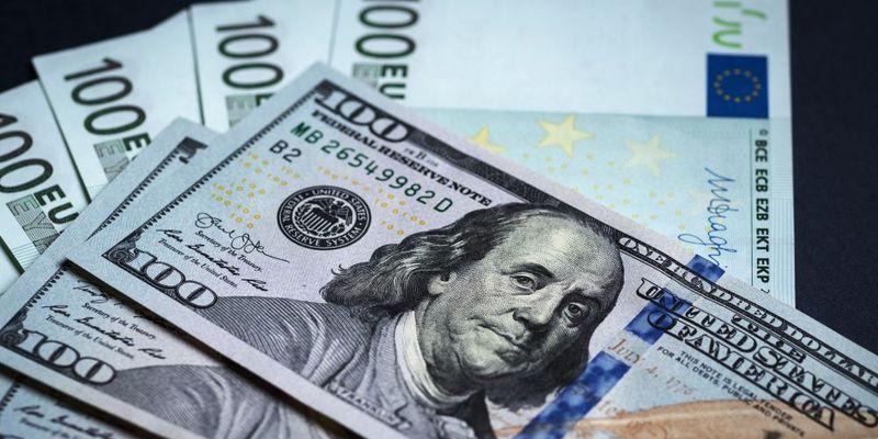 dollaryi-evro